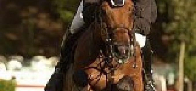 Julien Epaillard vence o Derby de Dinard