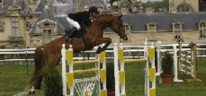 Ludovic Leygue vence o GP de Chantilly