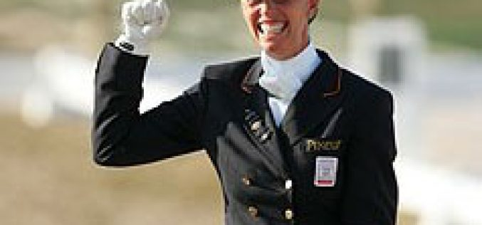 Vitória de Anky van Grunsven no Cto. da Holanda