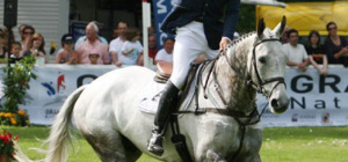 Andrew Nicholson wins Saumur International on Avebury