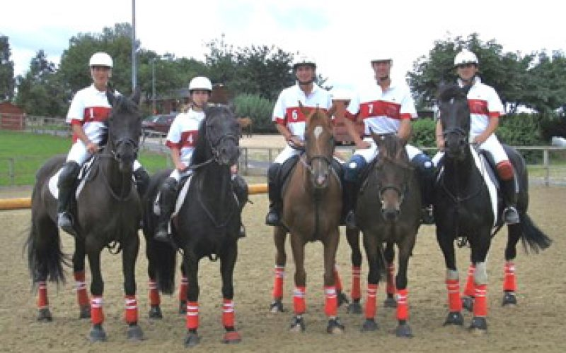 Horseball Team of Colegio Vasco da Gama 3rd consecutive win in the Inter-Clubs Tornament in England