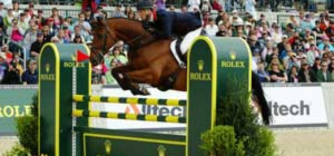 Fox-Pitt wins the Rolex Kentucky Three-Day Event