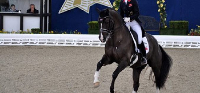 Charlotte Dujardin e Valegro batem recorde mundial no G.P. Especial