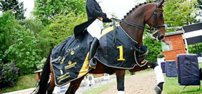 Isabell Werth and El Santo score gold in WDM Grand Prix