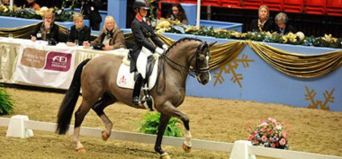 Charlotte Dujardin e Valegro batem recorde mundial, no Olympia em Londres