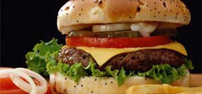 «Burger King» abandona fornecedores de carne de cavalo