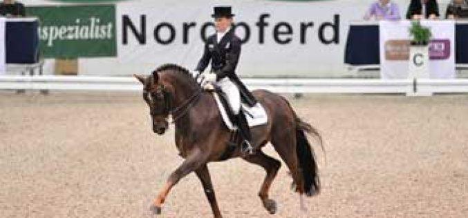 Helen Langehanenberg wins the qualifyer for the World Cup in Neümunster