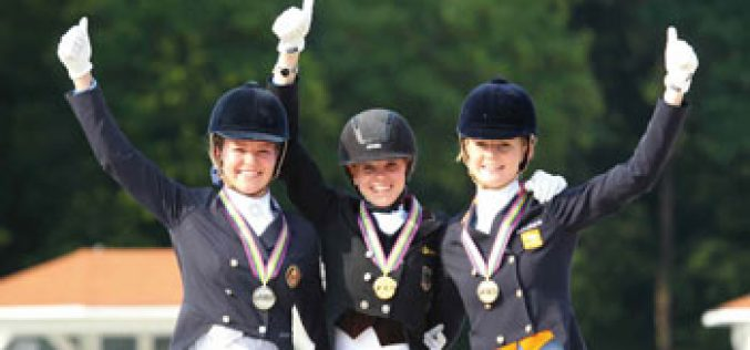 Johanne Pauline von Danwitz and Habitus 10 seize the individual gold medal in the Juniors
