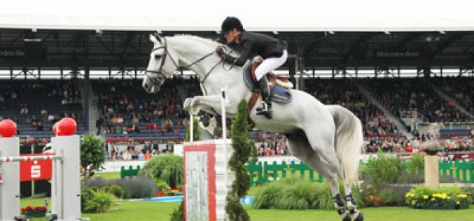 Luciana Diniz inscrita no CSI5* em Aachen (VÍDEO)