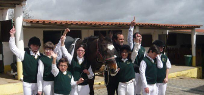 Academia João Cardiga leva uma dezena de atletas ao Special Olympics Equitação