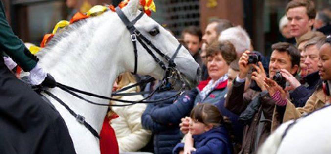Londres: «Zig Zag MT» destaca-se na parada de Ano Novo