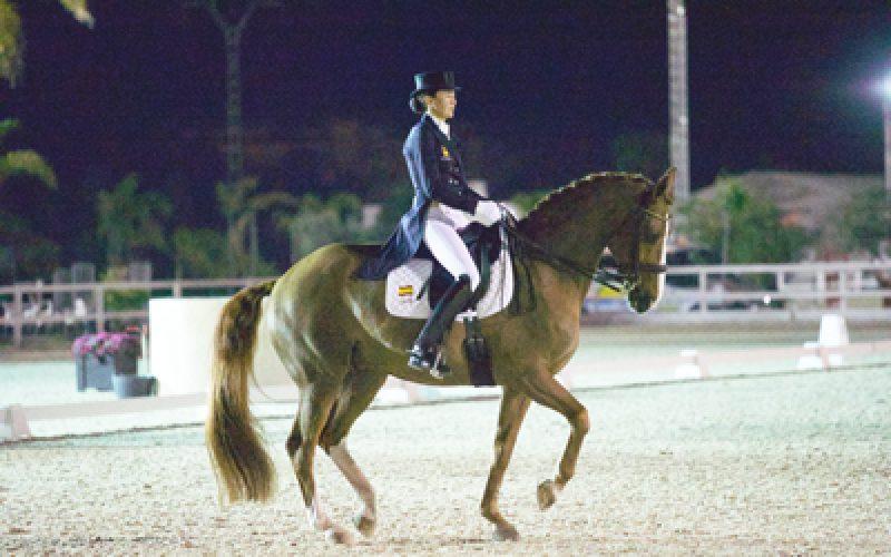 CDI3* Oliva Nova: Beatriz Ferrer-Salat ganha o Grande Prémio Kür