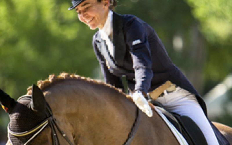 Beatriz Ferrer-Salat sagra-se campeã nacional de Espanha;  Cavalos Lusitanos superam 72%