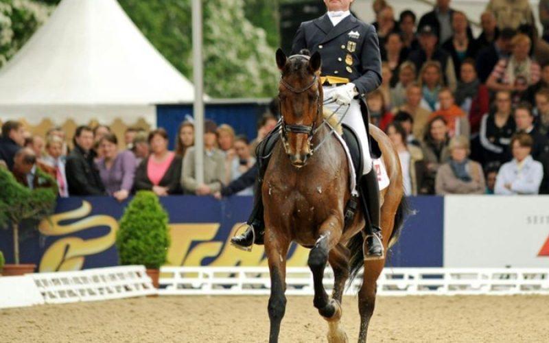 CHIO Aachen: Hubertus Schmidt ganha o Grande Prémio