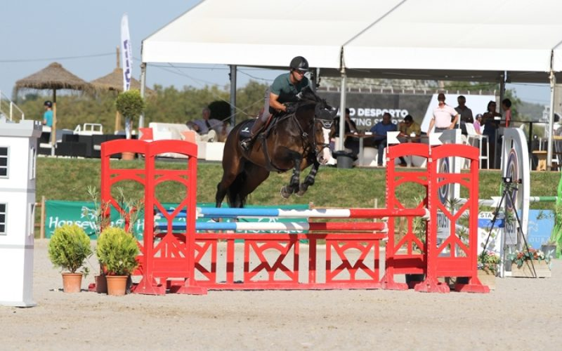 CSIYH1* Vilamoura: Cavalos Novos já saltam no Champions Tour