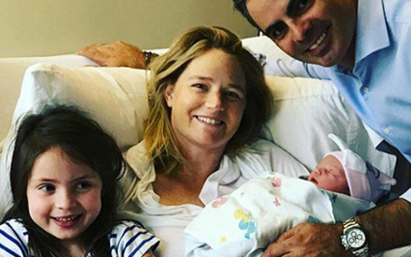 Já nasceu Luciana, terceira filha de Rodrigo Pessoa
