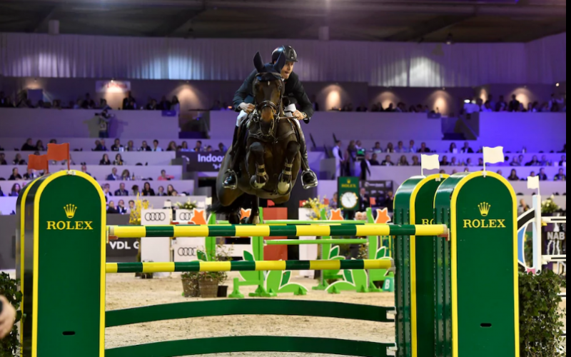 Leopold van Asten wins the Rolex Grand Prix at Indoor Brabant