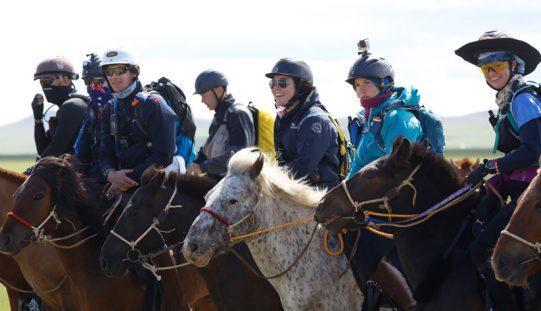 Mongol Derby 2018: Manuel Mendes vai percorrer a cavalo 1000km em 10 dias (VÍDEO)