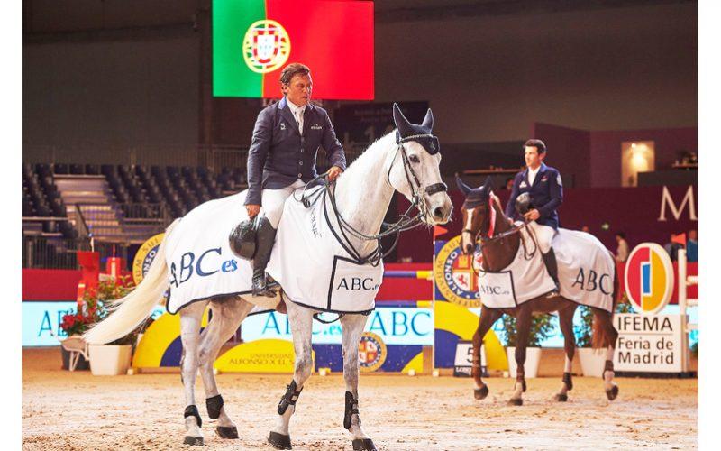 Madrid Horse Week 2017: Tocou o Hino de Portugal para Luís Sabino Gonçalves (VÍDEO)