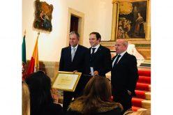 Gilberto Filipe Silva recebe Medalha Municipal de Mérito Desportivo