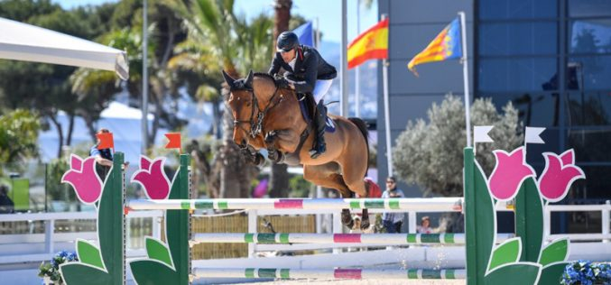 Grietje vd Heezerenbosch, Hilton Up The Banner and Caro Z take top honours in Young Horse Finals