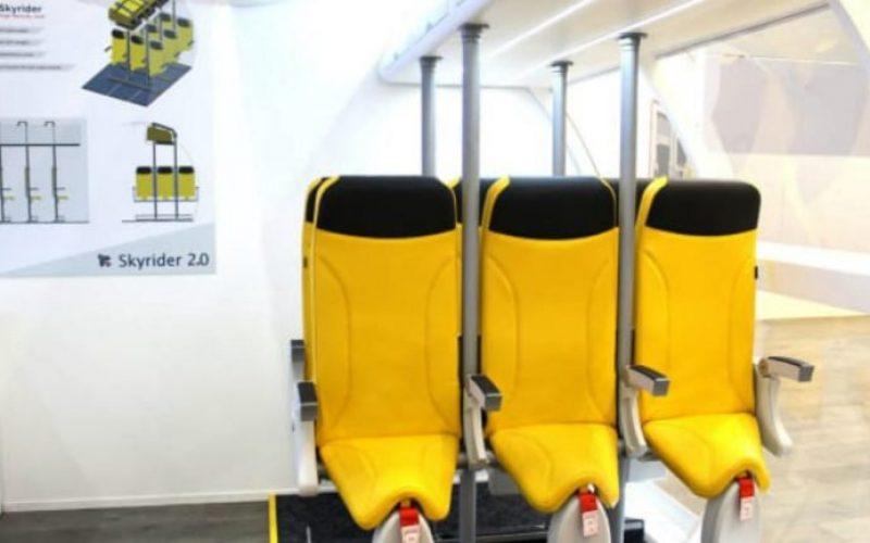 E se viajar de avião fosse como andar a cavalo? Vêm aí os assentos verticais… ou não