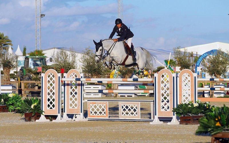 CSI4* Abu Dhabi: Luís Sabino Gonçalves é oitavo na 2ª qualificativa para o G.P.