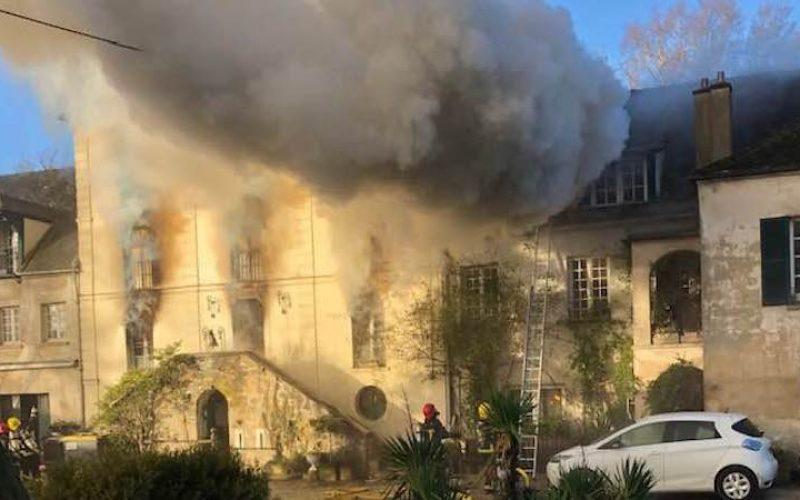 Incêndio no Haras de Vauptain
