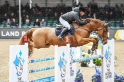 Robert Whitaker wins the main event – Laura Renwick makes it a Double at Royal Windsor