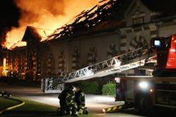 Incêndio de grandes dimensões atinge o Haras de Saint-Lô   (VÍDEO)