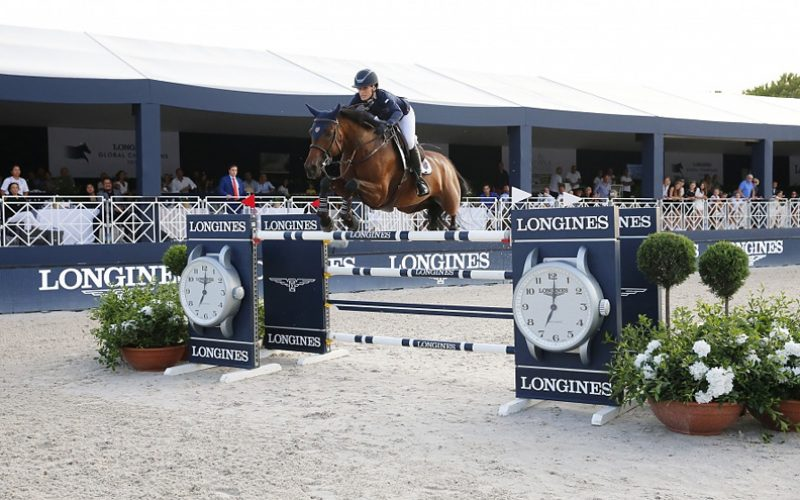 Jessica Springsteen conquista o Grande Prémio do Global em Saint-Tropez (VÍDEO)