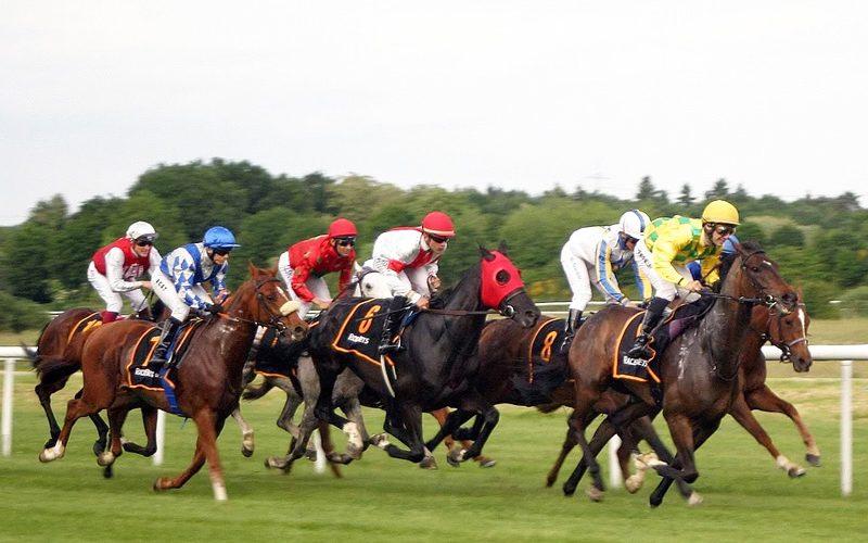 As corridas de cavalos mais prestigiadas do Reino Unido